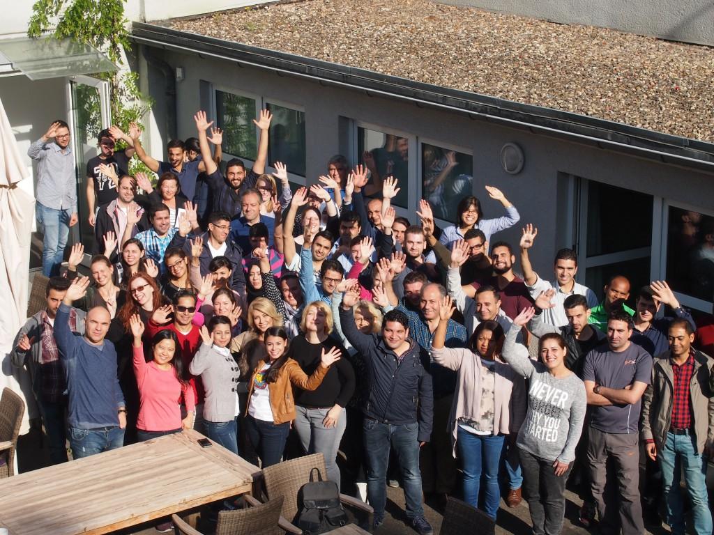 Zahlreiche Ärztinnen und Ärzte, die sich im mibeg-Institut Medizin fortbilden, werden sich am Weltrekordversuch der Uniklinik Köln beteiligen
