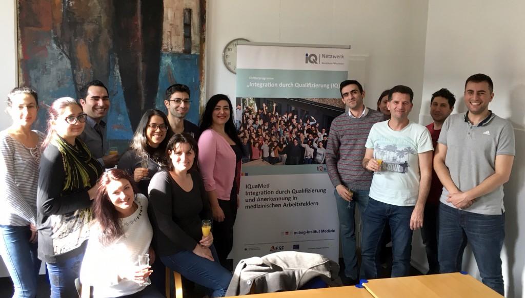 Absolventinnen und Absolventen des Intensivseminars Humanmedizin im mibeg-Institut Medizin